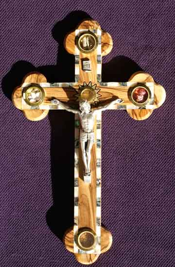 crucifix edge mother of pearl abalone soil rocks incense soil leaves dried roses lg